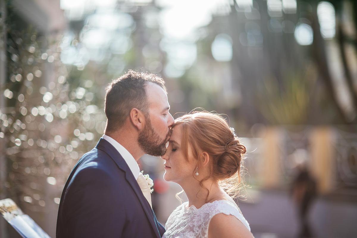 Sweet-wedding-in-Sorrento-Niamh-Ger