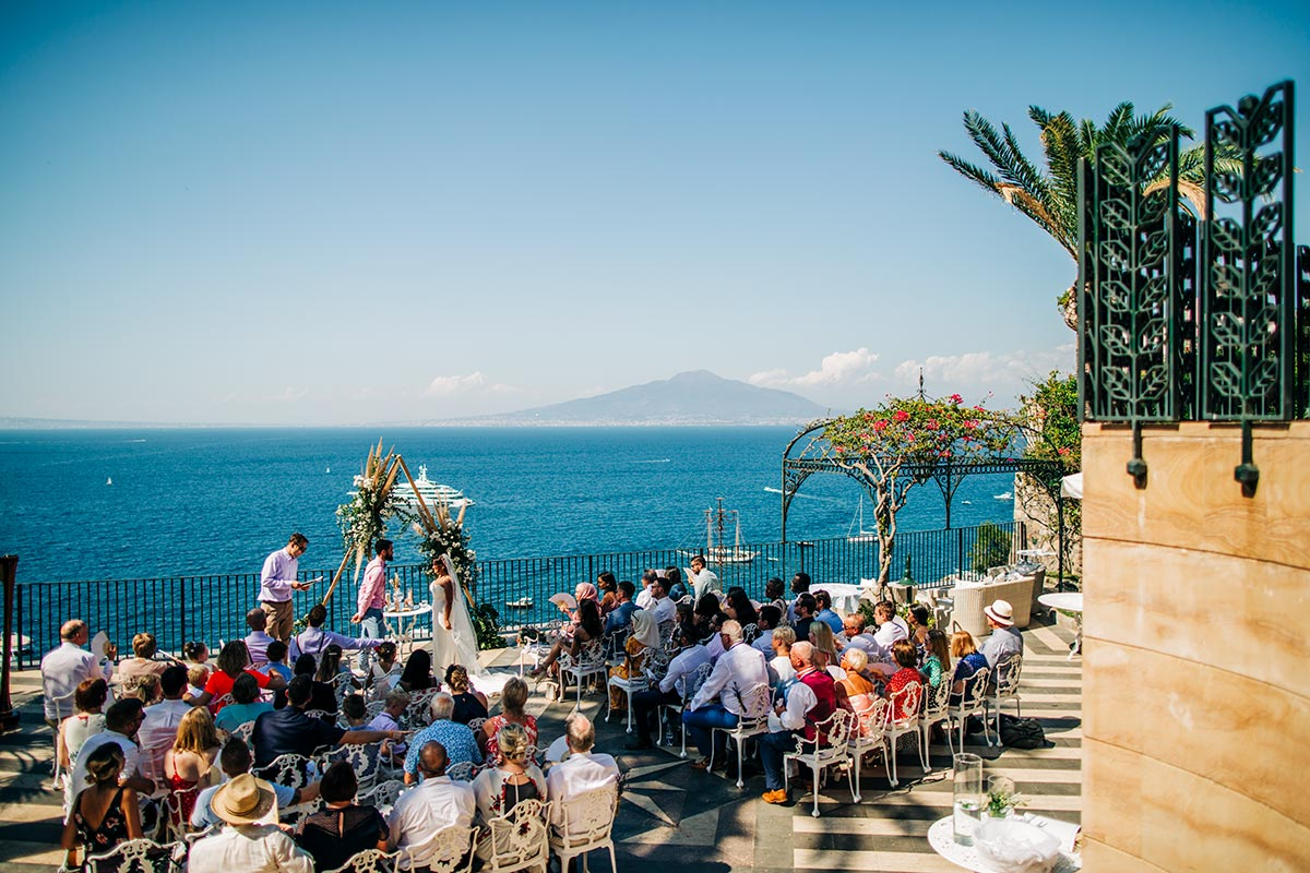 Wedding-on-an-amazing-terrace-in-Sorrento