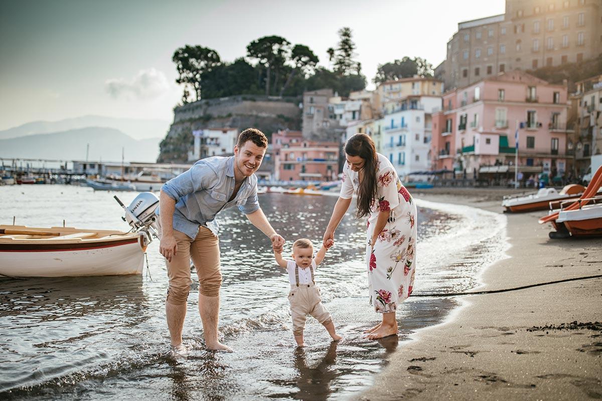 Family-photographer-in-Sorrento-Italy
